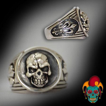 Framed Skull Silver Ring