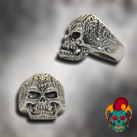 Carved Skull Silver Ring