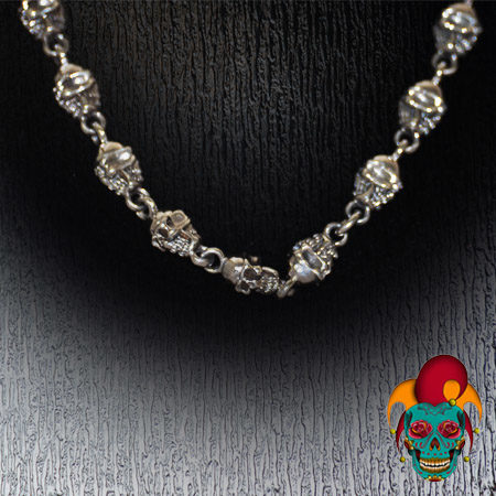 Multiple Skulls Silver Chain