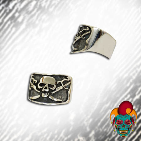 Rigid Skull Silver Ring