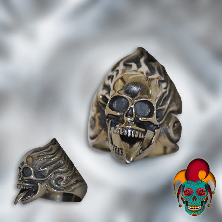 Skull on Fire Silver Ring