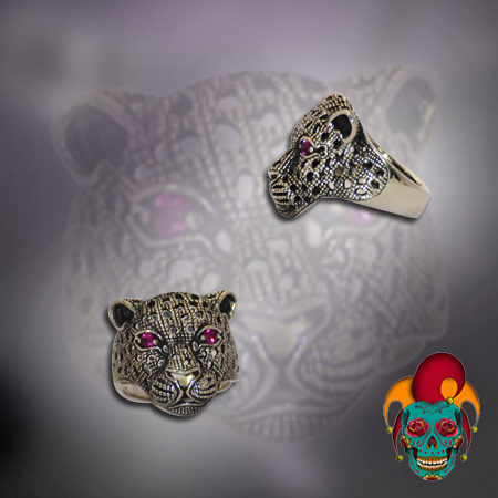 Purple Eyed Leopard Silver Ring