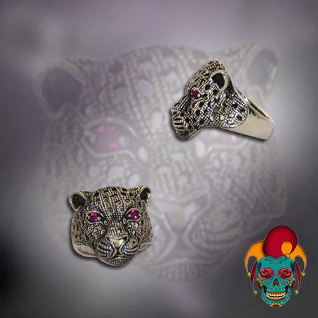 Purple Eyed Leopard Silver Ring