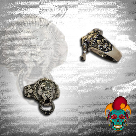 Dangling Lion Silver Ring