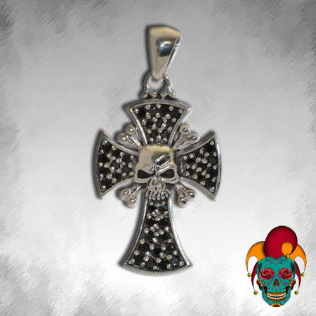 Skull Centered Silver Cross Pendant
