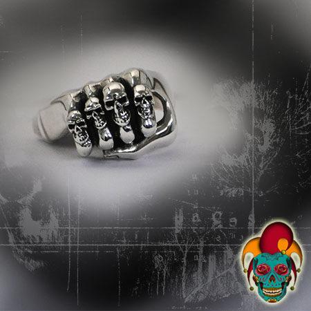 Several Skulls Silver Ring