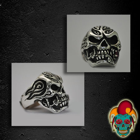 Stylish Edged Skull Silver Ring